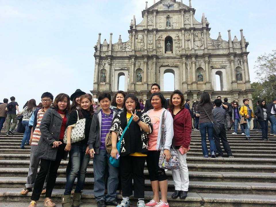 http://www.toursmyworld.com/package-tour-hong-kong